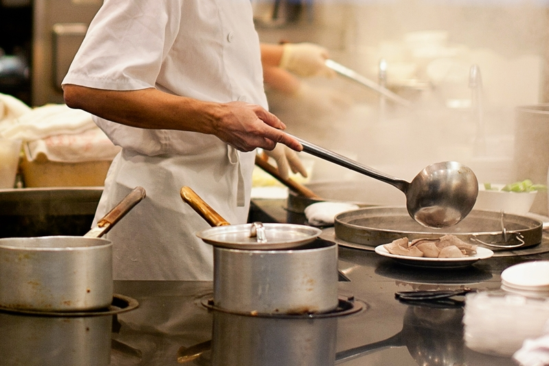 Toronto has plenty of upscale and casual establishments to suit your taste buds.